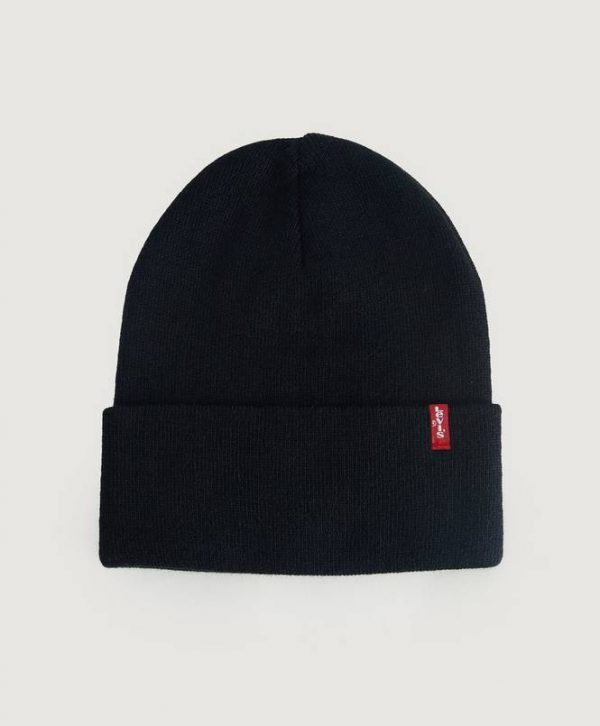Pipo Slouchy Red Tab Beanie